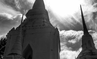 Wat-Phu-Khao-Noi-temple