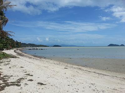Sri-Thanu-beach-at-low-tide-2