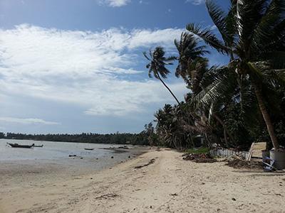 Sri-Thanu-beach-at-low-tide-3